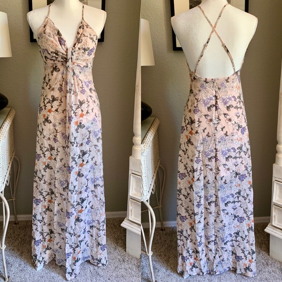 Romeo & Juliet Couture Dresses & Skirts - Romeo & Juliet Couture Floral Print Maxi Dress
